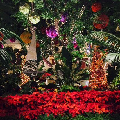 Christmas Decorations, Las Vegas, Chantal Boyajian Blog.jpg