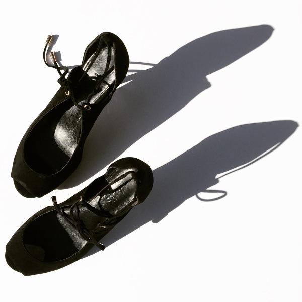 gina-heels-black-leather-alysia-chantal-boyajian-live-authenchic