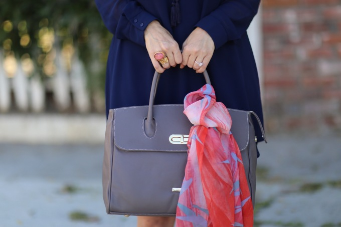 chantal-boyajian-los-angeles-boyajian-trend-gallery-stylist-handbag-tips-tying-scarf-ribbon