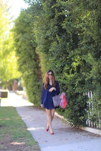 chantal-boyajian-los-angeles-stylist-handbag-tips-tying-scarf-ribbon-live-authenchic