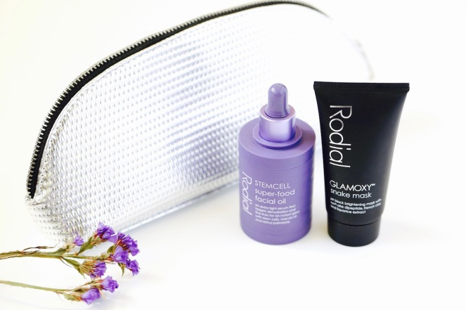 rodial-luxury-skincare-snake-mask-super-food-face-oil-live-authenchic